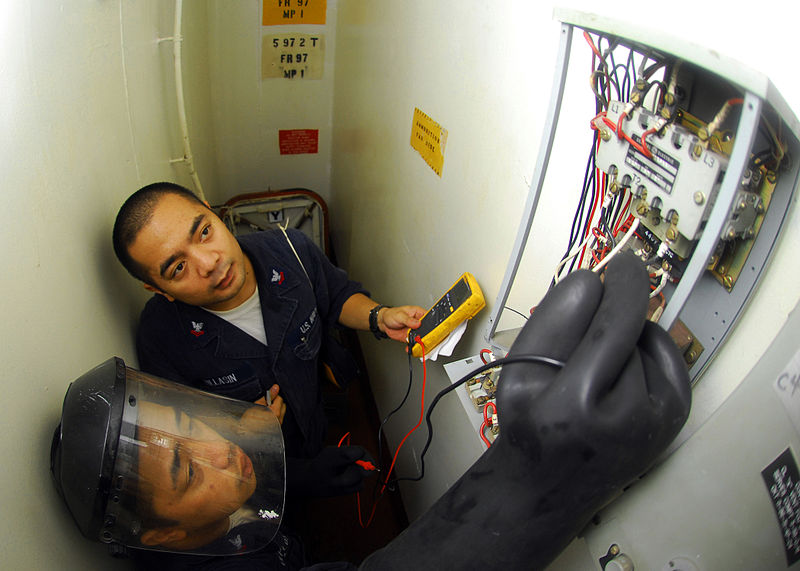 How Important are Communication Skills in Electrician Jobs ...